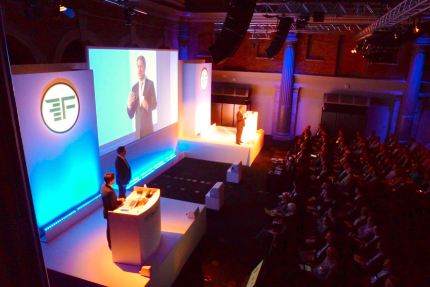 Finovate-Europe-Presentation-London-2016.png