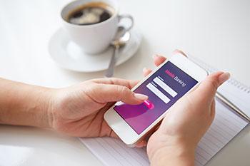 mobile-banking-3.jpg