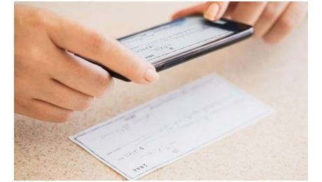 depositos-cheques-smartphones.jpeg